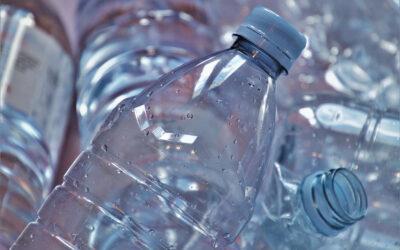 Bénéfices et risques des matières plastiques